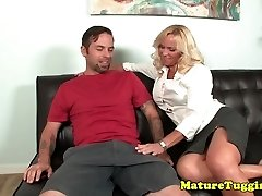 Bigtitted glamour milf draining dick on sofa