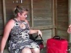 BBW Mere de famille francaise prise en double penetration pour son casting porno