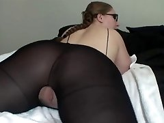 Super-hot Lady In Glasses Demonstrates Off Her Great Ass
