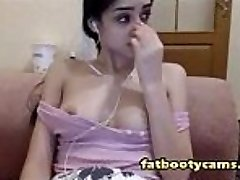 Guiltless and Uber-cute Arab Teen on Cam - fatbootycams.com