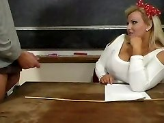 Hot Mature Plumper Teacher Kirsten Halborg