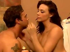 glamour massage very hot girl