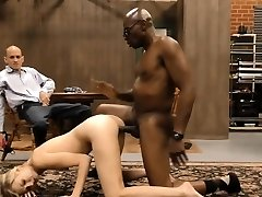 Babe gulps and cuckolds