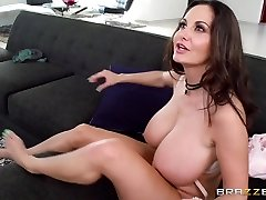 Ava Addams & Xander Corvus in Mother Arms Off My Boyfriend - Brazzers
