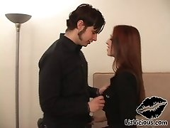 Sexi Redhead Goth Lady Gets Fucked
