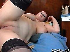 Goth chick ravishes a hard pecker