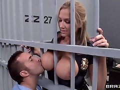 Alanah Rae horny as bang from this beefy prisoner