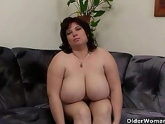 Busty and mature BBW jerks with magic wand