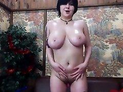 Chubby Big-boobed Ugly Web Cam-slut - More on Spicygirlcam,com