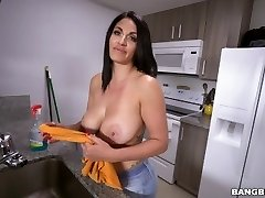 Flawless Fuck With Steaming Maid Cristal Caraballo