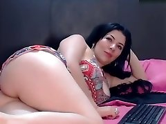 saralovee secret movie on 07/07/15 15:55 from chaturbate