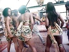 porn - xxx - porno amateur danni and chloe phat bra-stuffers lesbians in pool
