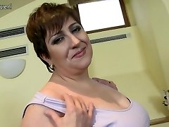 Horny mature Plus-size mummy loves to play alone