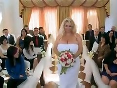 A enormous sumptuous woman 38g Wedding Night.