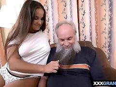 Grandpa with a grey beard fucking a curvy nubile babe
