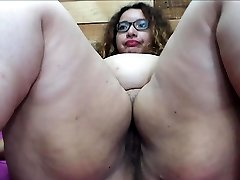 Big gaping booty superslut takes a fat tool