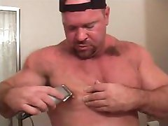 MUSCLEBEAR SHAVE