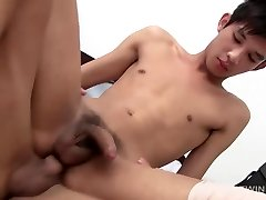 Asian Twinks Albert and Leo Bareback