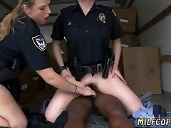Super-fucking-hot mature seduced amateur and compilation hd Black suspect taken on a