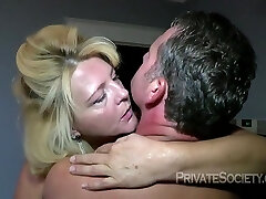Hot Mature Blonde Likes Fucking