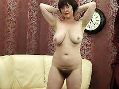 Posh MOM with big saggy boobies and hairy pussy