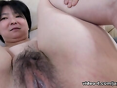 Skinny Japanese Cougar Submits To Cock - JapanLust