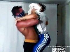 Muscle Hunk Gay Jerk Off Cumshot