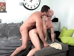 DylanLucas Furry not daddy on Stud dad