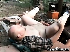 Gay bears outside fucking their brains part1