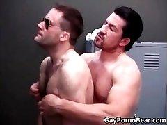 Gratis homosexual bears fucked part3