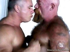 Big hairy bears enjoy the rough fucking