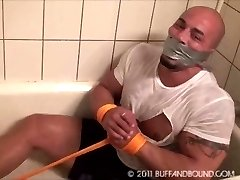 Gay Tatoo Muscle Hunk Shower Bondage