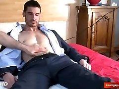 Str8 salesman in a porn in spite of him : Pierre