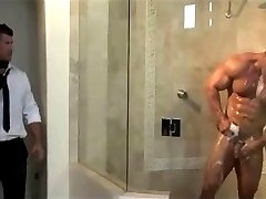 muscles in shower