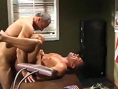 BodybuilderMuscledSex44