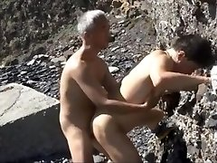 Chinese Old and Youthful Couples Warm Outdoor Fucking session by the seaside
