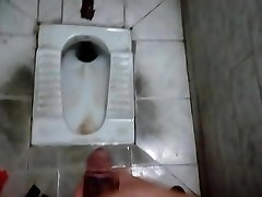 dirty cumshot for domina sadie in dingy public toilet