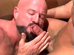 Crazy musclebears - 5