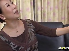 AzHotporn.com - Kimiko Ozawa Virgen MILF de Caza