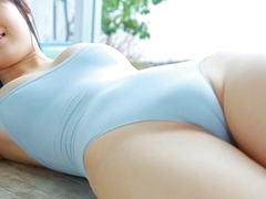 Charming Asian babe with pretty smile Oshima Tamana looks very scorching