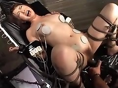 Japanski porno jebanje sekretarice Maturbation (DXMG-005) Саяка Tsuzi