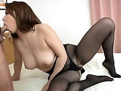 सुंदर Yumi