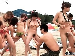 Outdoor beach sex with a warm group partTwo