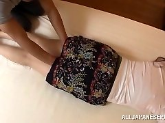 Aoi Aoyama tempting hot mature Asian babe in gonzo action