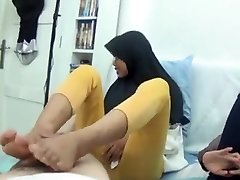 Asian teenager footjob