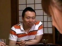 Εκπληκτικό Ιαπωνικό μοντέλο Junko Ηαυαμα στην Καυλωμένη Fingering, Skinny JAV σκηνή