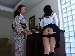 일본을 때리기 4