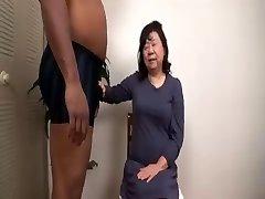 Varias 할머니를 아시아