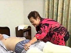 81yo जापानी दादी