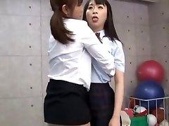 beste japanske modellen sae aihara, ren hasumi, megumi shino i kåte lesbiske/rezubian, fingering jav film
